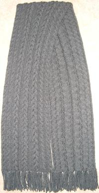 Cable Scarf Front and Back.JPG